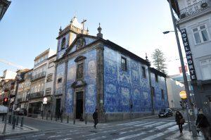 Porto-blaue Kirche